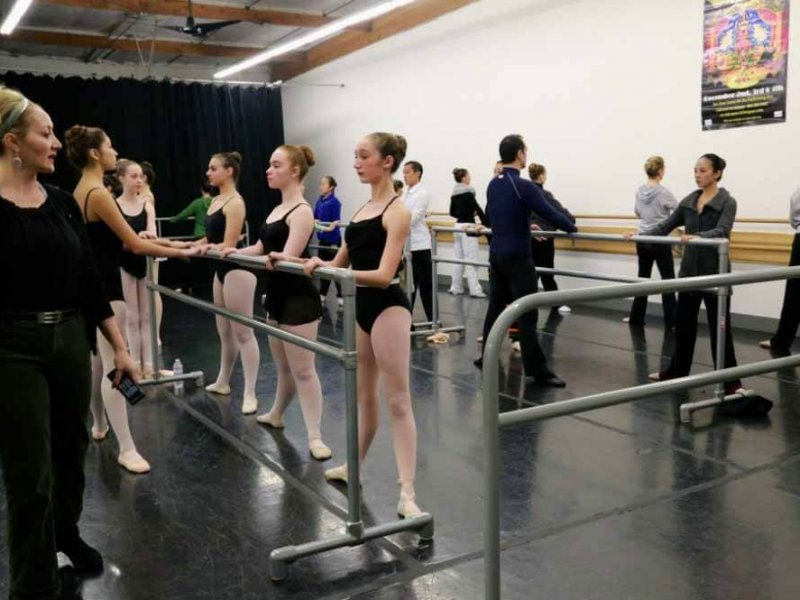 Youth classes at SJDT